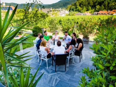 Weinprobe in der Wachau in einer Gruppe